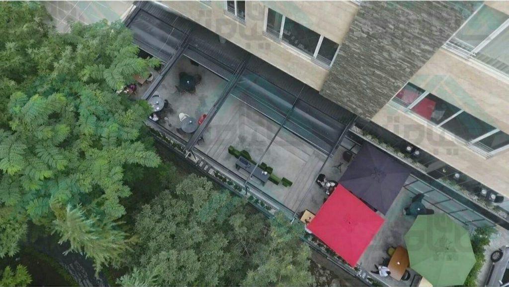 سقف جمع شونده رستوران مدرن